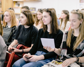 На бакалаврские и магистерские программы ЕГУ поступили 217 первокурсников. 29% белорусов начнут учебу бесплатно